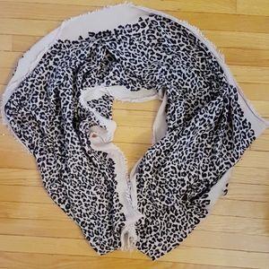 Stella & Dot Leopard Print Scarf Wrap